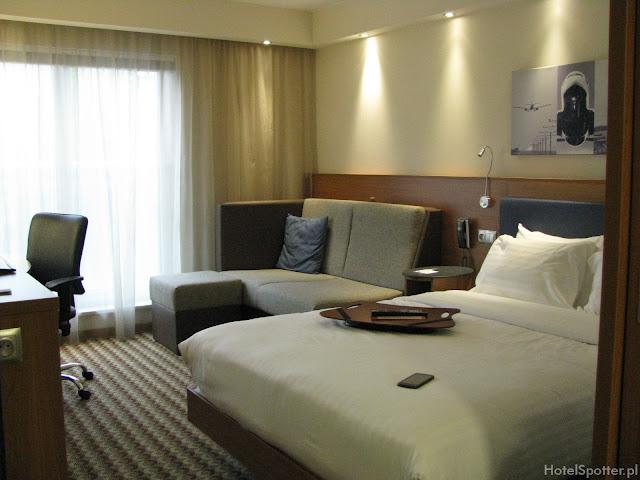 Hotel przylotniskowy Hampton by Hilton Warsaw Airport - pokoj