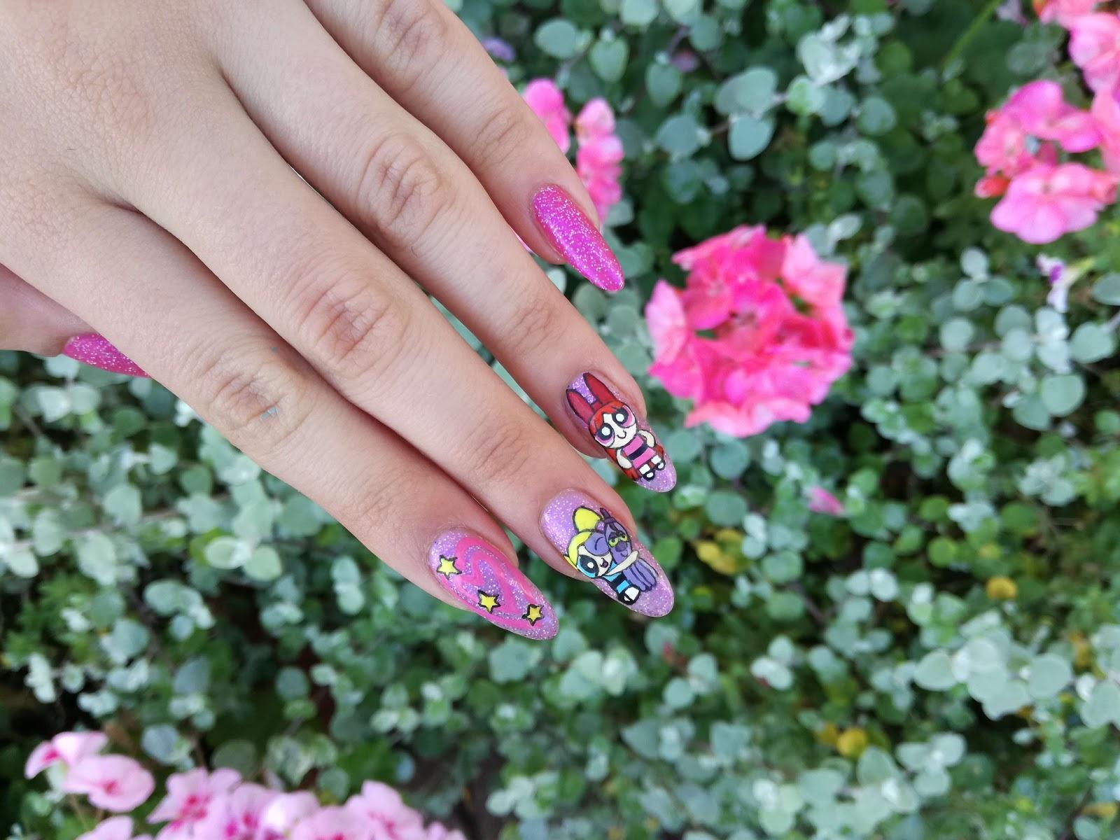 paznokcie i kwiaty
