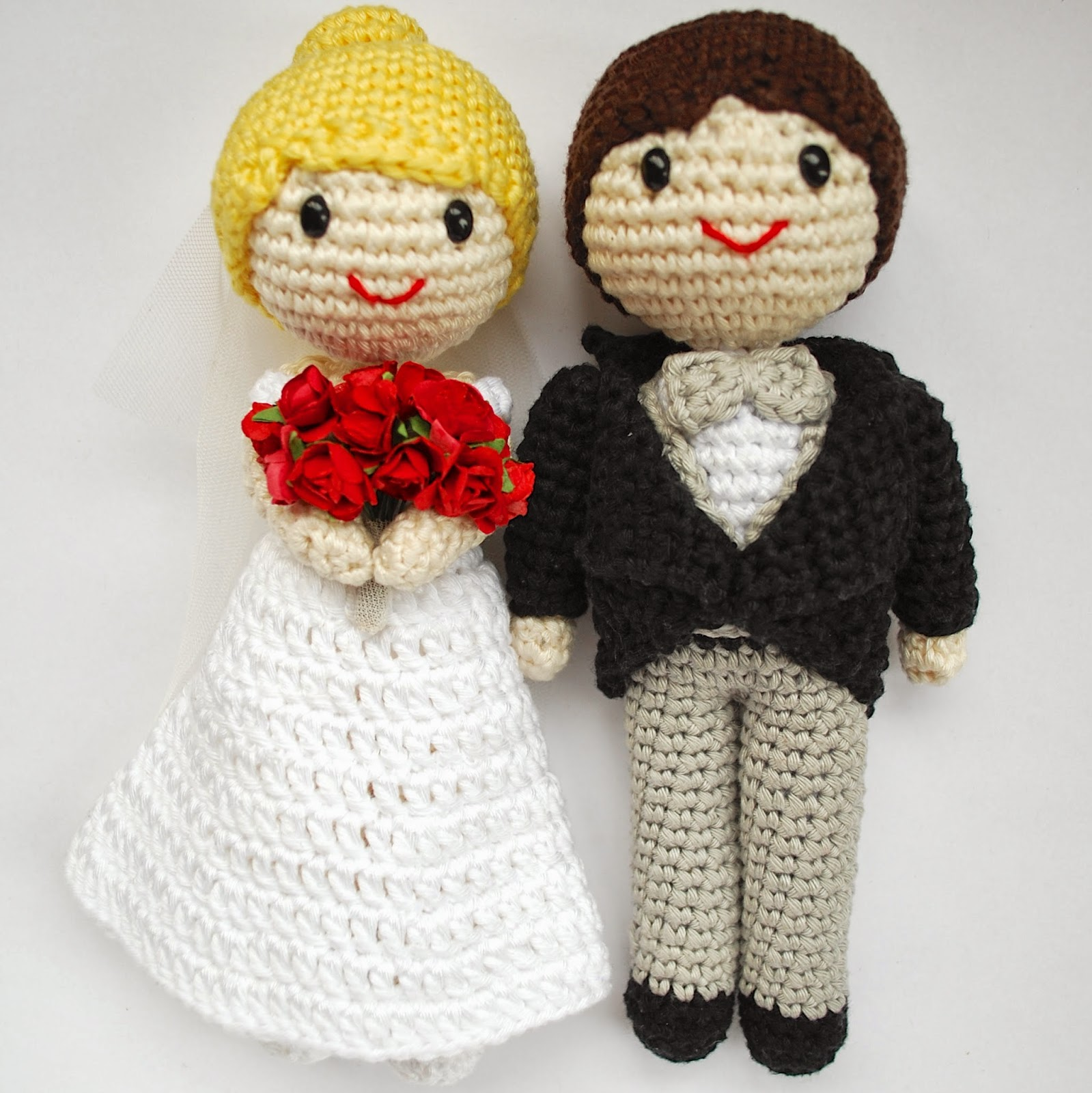 Novios de amigurumi para tarta de bodas