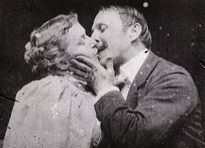 Το Φιλί, από τις πρώτες ταινίες του βωβού κινηματογράφου / The Kiss by William Heise, 1896
