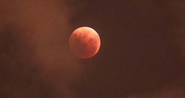 Eclipse - São Paulo - Marcelo D