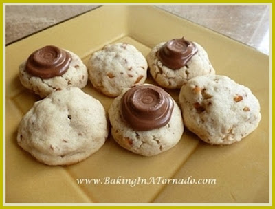 Pretzel Rolo Cookies | www.BakingInATornado.com