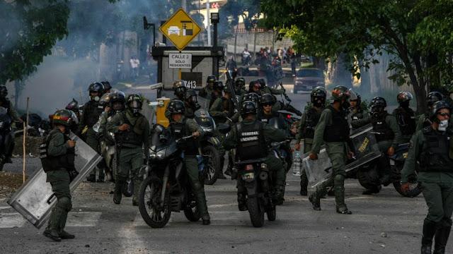 Represión uniformada diaria en Venezuela ya ha cobrado la vida de casi 90 personas