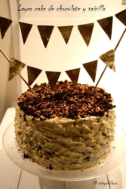 Layer cake de chocolate y crema de vainilla