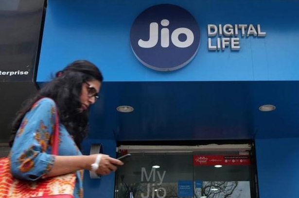 Reliance Jio tops 4G download speed chart, says TRAI