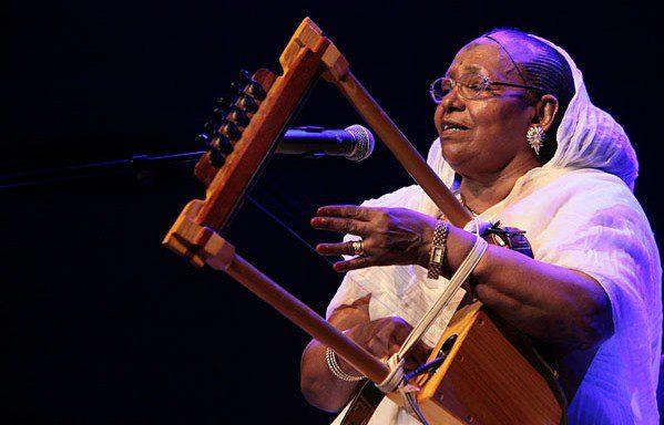 Mother of Eritrean soul, Tsehaytu Beraki, dies - Madote