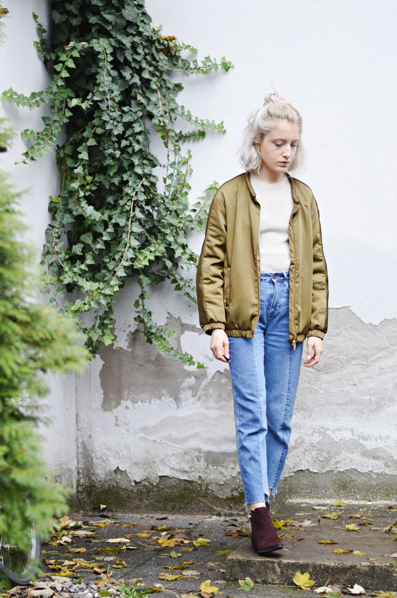 OUTFIT: Two Tone Jeans & Bomberjacket // Bienvenue!