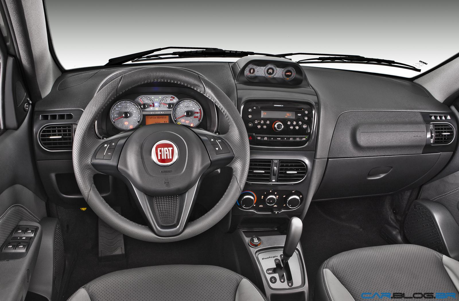 Novo fiat palio weekend 2013 attractive trekking e for Precio fiat idea attractive 2013