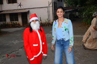 Bollywood Actress Alia Bhatt Stills at Christmas Celetion Mumbai  0013.jpg