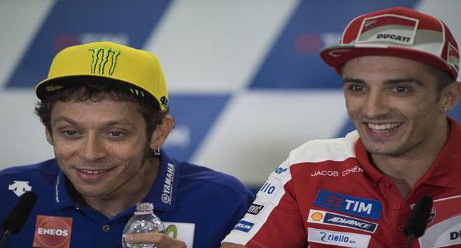 Dua Italiano Andrea Iannone Dan Andrea Dovizioso Berikan Dukungan Untuk Valentino Rossi...
