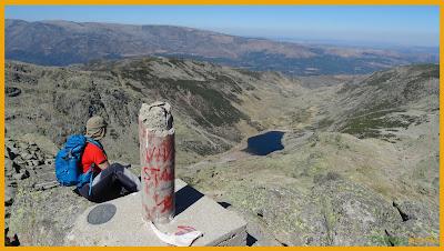 En la cima de la Covacha junto al vértice geodésico