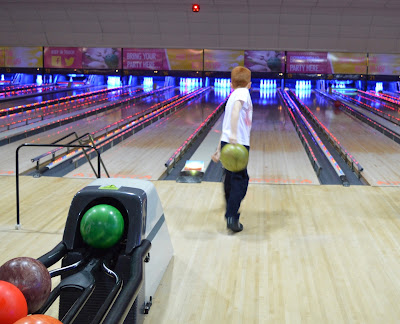 Kids bowling at AMF Bowling - The Galleries | Washington