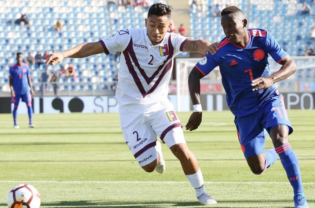 Blog Esportivo do Suíço  Colômbia estreia com derrota para a ... 8ed44d476f541