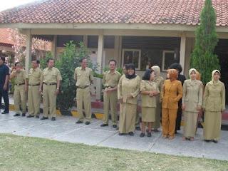 http://jobsinpt.blogspot.com/2012/04/beasiswa-s1-program-dms-bagi-405-guru.html