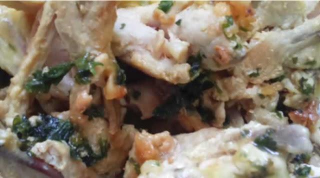 Bréchets de poulet, cuisinés façon grenouilles ail et persil ( sans gluten)