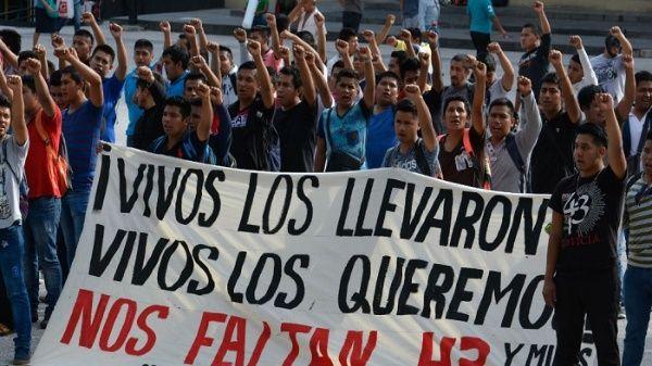 Detienen a presunto implicado en caso de los 43 de Ayotzinapa