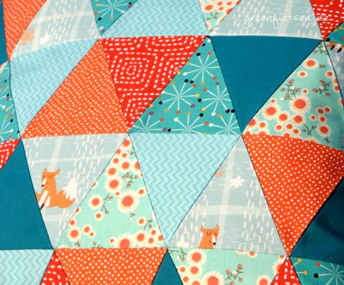 greenfietsen triangle patchwork kissen mit dreiecken. Black Bedroom Furniture Sets. Home Design Ideas