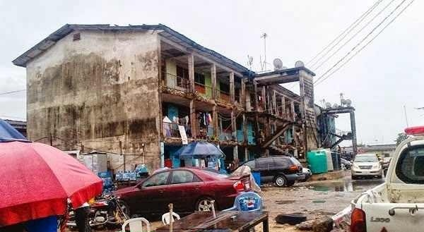 24 Nigerian Policemen Left Homeless As Fire Destroys Ijeh Police Barrack In Obalende Lagos
