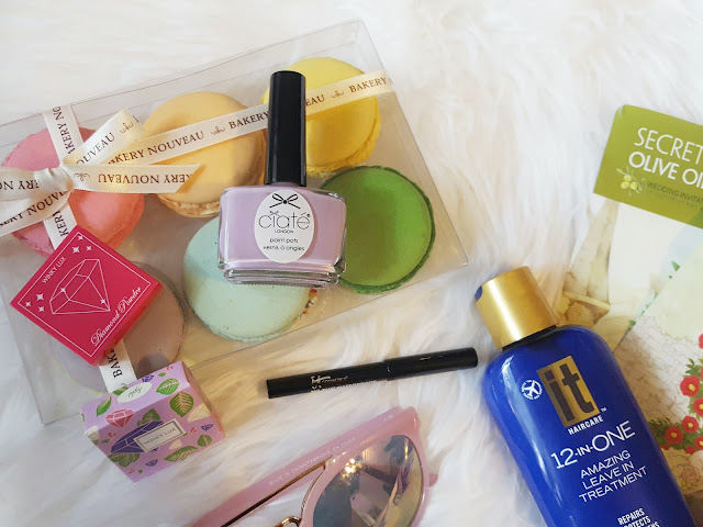 August 2106 Ipsy Glam Bag