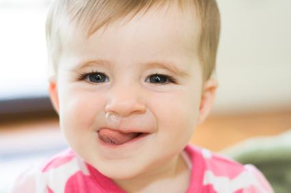 Como quitar los mocos a un bebe planeta mamy - Quitar mocos bebe 9 meses ...