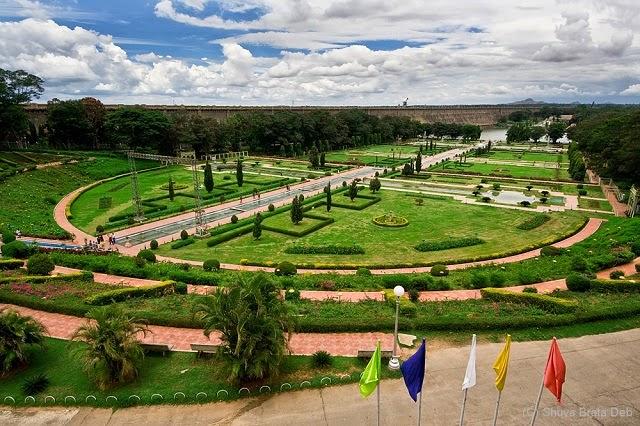 Mysore in Karnataka still retains that vintage old world charm