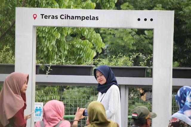 Jadi Baru Kebumen 2018 Tour To Bandung, Best Momen- foto di teras cihampelas bandung 2