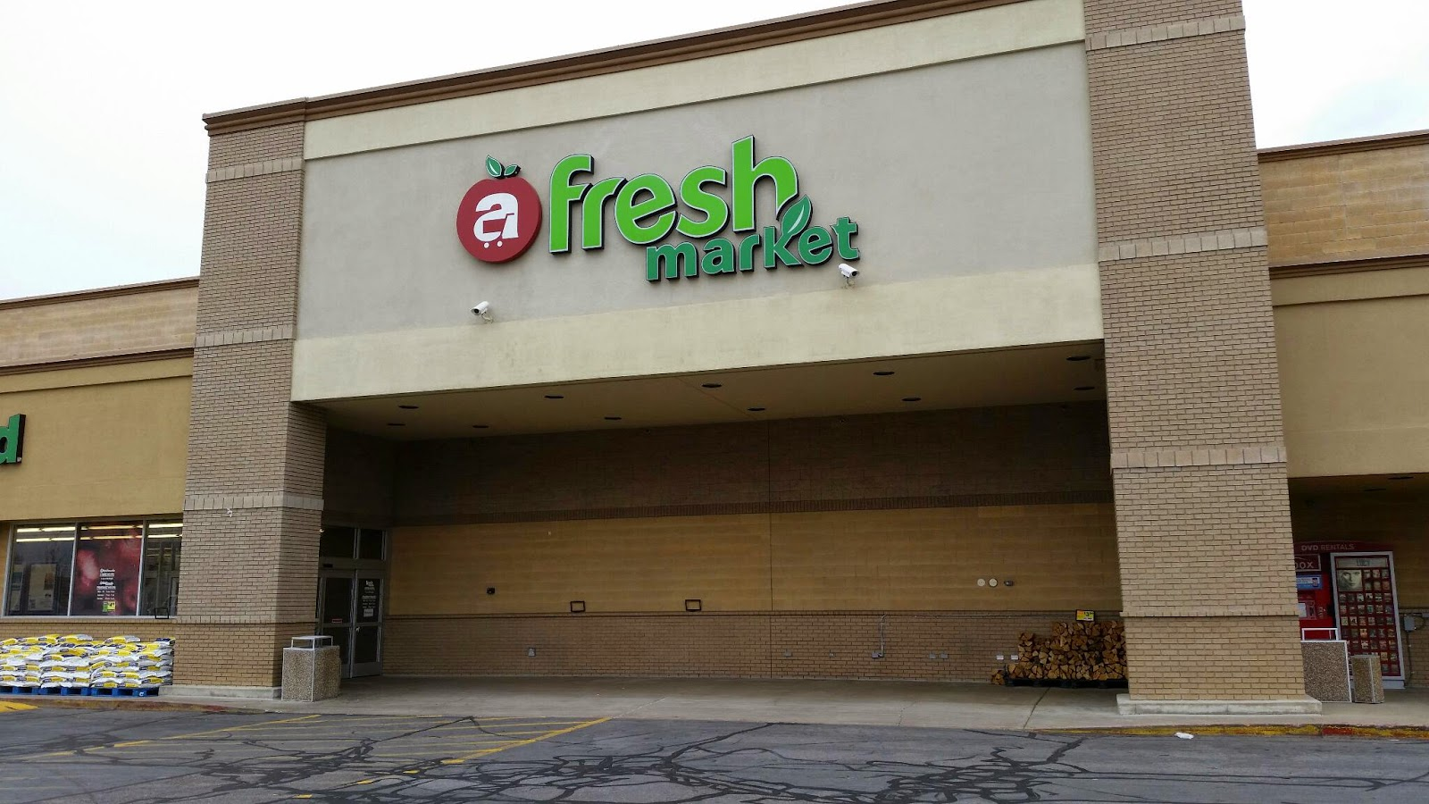 I Highlighted The Best Bargains In Green For Fresh Market S And Bowman These Items Can Be Used Your 3 Month Food Storage Supply