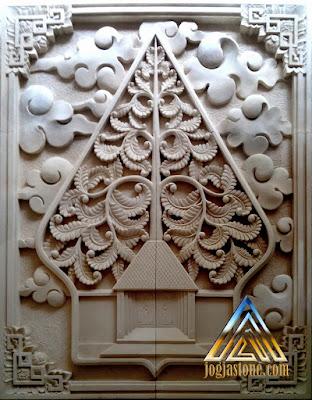 Ukiran kayon batu alam paras jogja atau batu putih motif daun