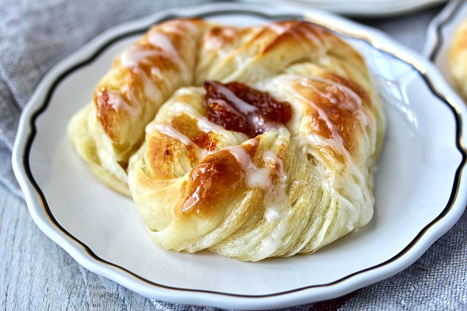 Danish pastry with apricot filling