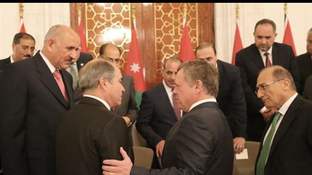 Jordan's King Abdullah set to ask Prime Minister Hani Mulki to quit amid angry protests