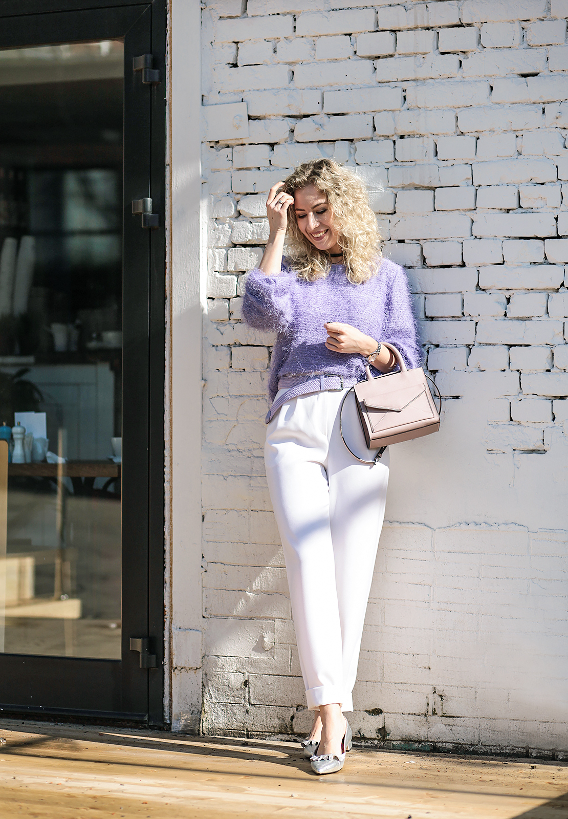 Rita_maslova_ritalifestyle_moscow_fashion_blogger_white_pants_violet_4
