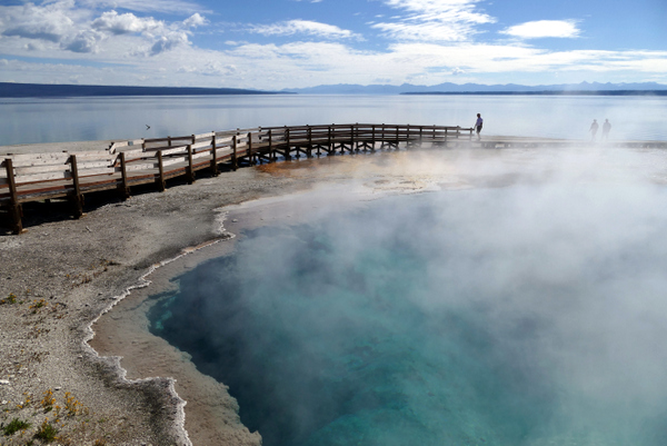 Black Pool (Yellowstone, Estados Unidos)