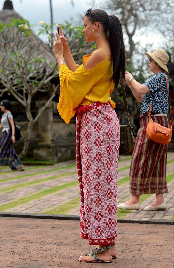 Tamara Chloé, Tc Style Clues, sarong, Bali, Ubud, Indonesia