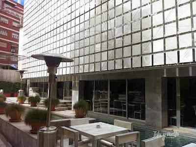 Edificio nuevo del Palacio de los Patos