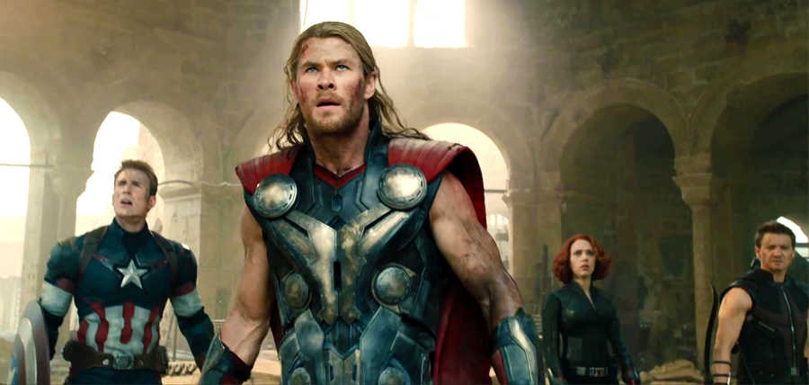 Captain America, Thor, Black Widow şi Hawkeye în The Avengers: Age Of Ultron