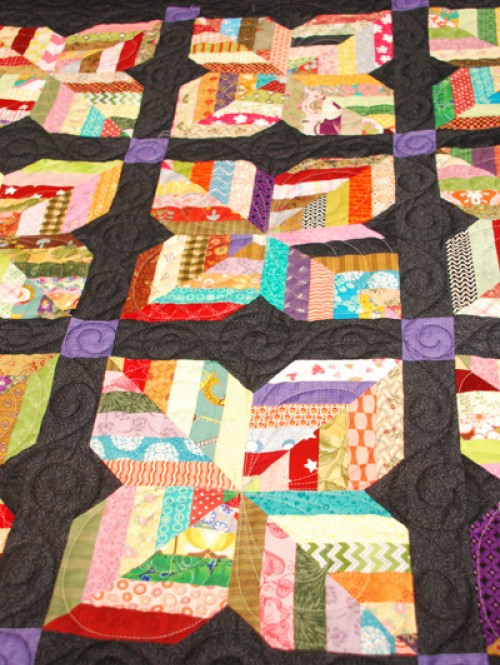 Maisy Daisy - Easy Scrappy Lap Quilt Pattern