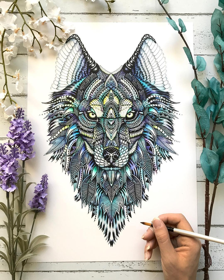 08-Wolf-Faye-Halliday-Animal-Drawings-and-Mandalas-www-designstack-co