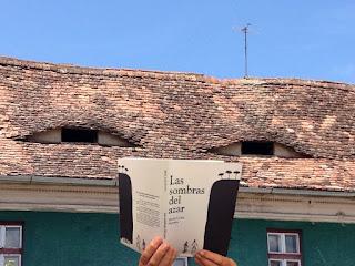 casa leyendo las sombras del azar