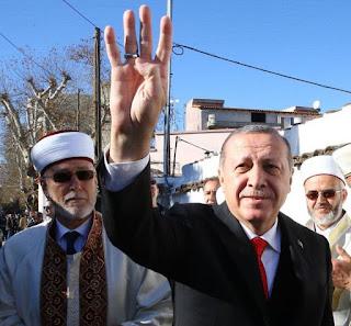 One man show του Ερντογάν απέναντι στα εκπαιδευμένα χανουμάκια του Μαξίμου