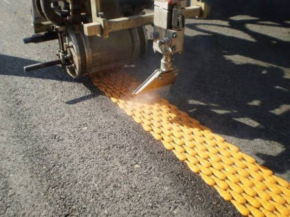 A machine to chart the roads lines!