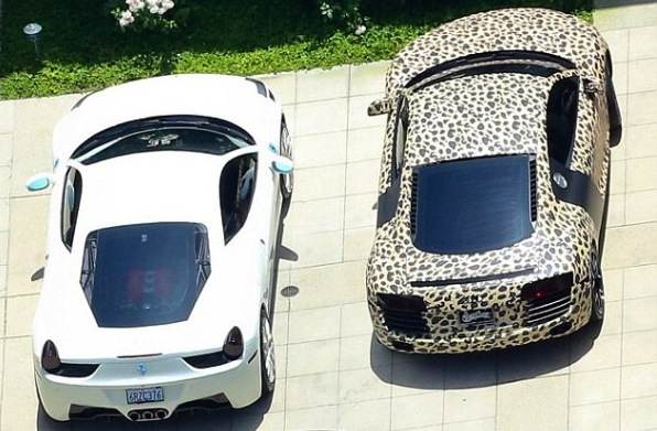 justin bieber audi leopard - photo #16