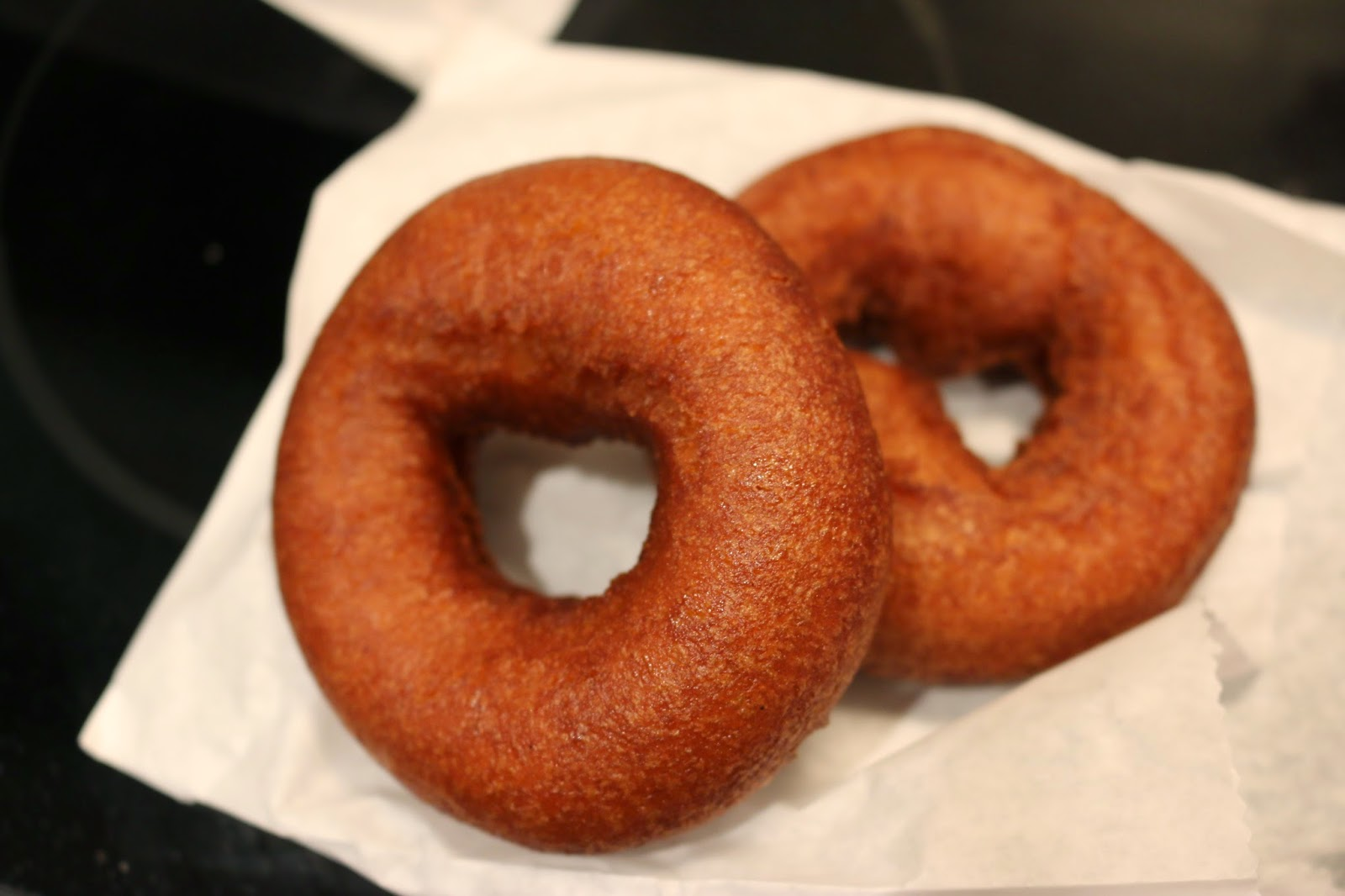 Philly Food Blog: Federal Donuts Cinnamon Brown Sugar Donuts
