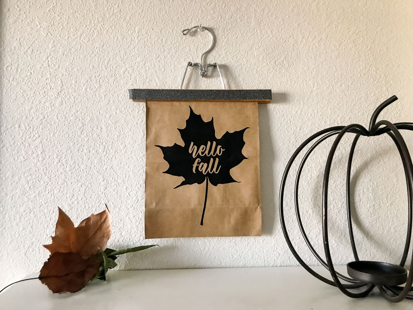 Hello Fall Leaf Printable with leaves and a wire pumpkin
