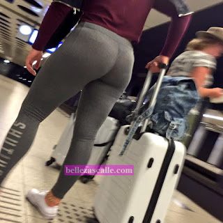 Mujer nalgona leggins