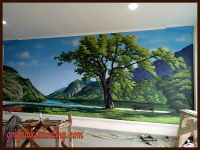 Hasil karya mural lukis dinding pemandangan