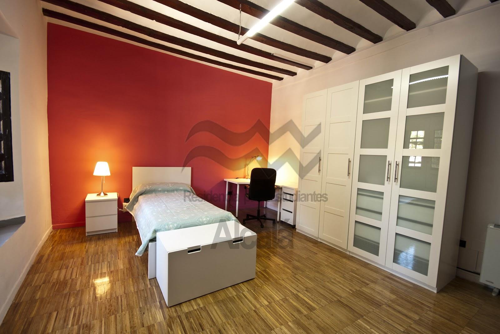 Residencia para estudiantes en alcal de henares for Residencia canina alcala de henares