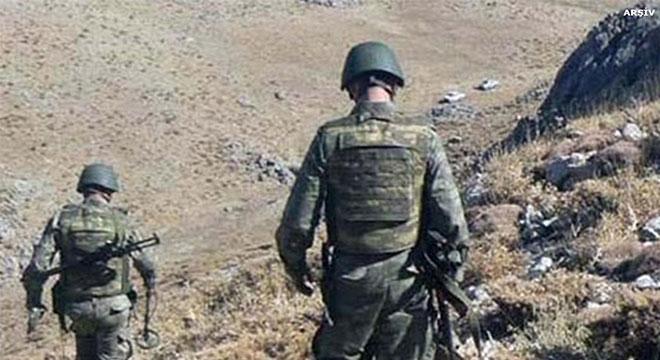 Diyarbakır Hani Topçular Karayolu Şekale Tepe bölgesinde 1 asker ile 1 korucu hayatını kaybetti