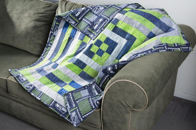 Seahawks Tailgating Quilt @craftsavy, #craftwarehouse, #Seahawks, #Quilt