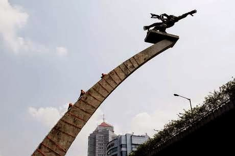 Mega-BiroJasa-Mutasi Kendaraan dari Samsat Polda Metro Jakarta