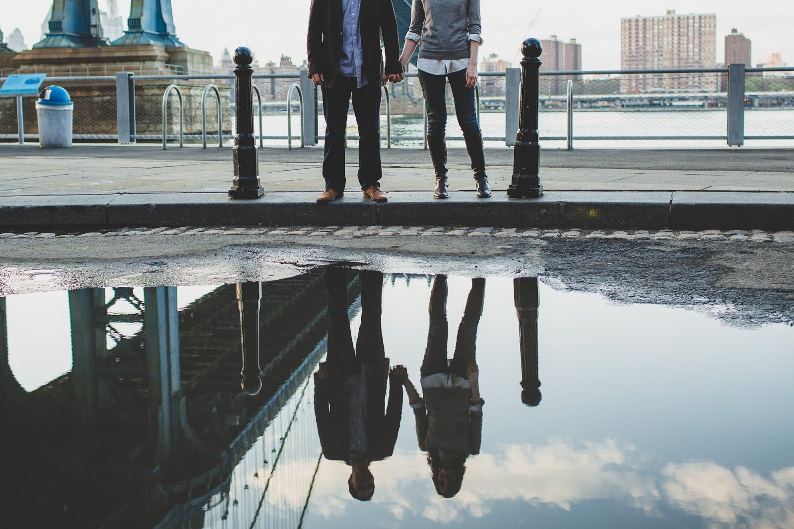 DUMBO Brooklyn engagement photos by Cassie Castellaw
